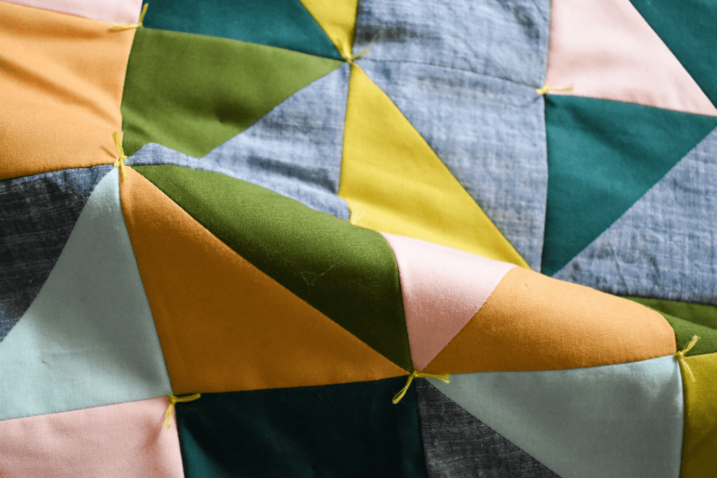 Finish a Quilt By Hand, Hand Tying