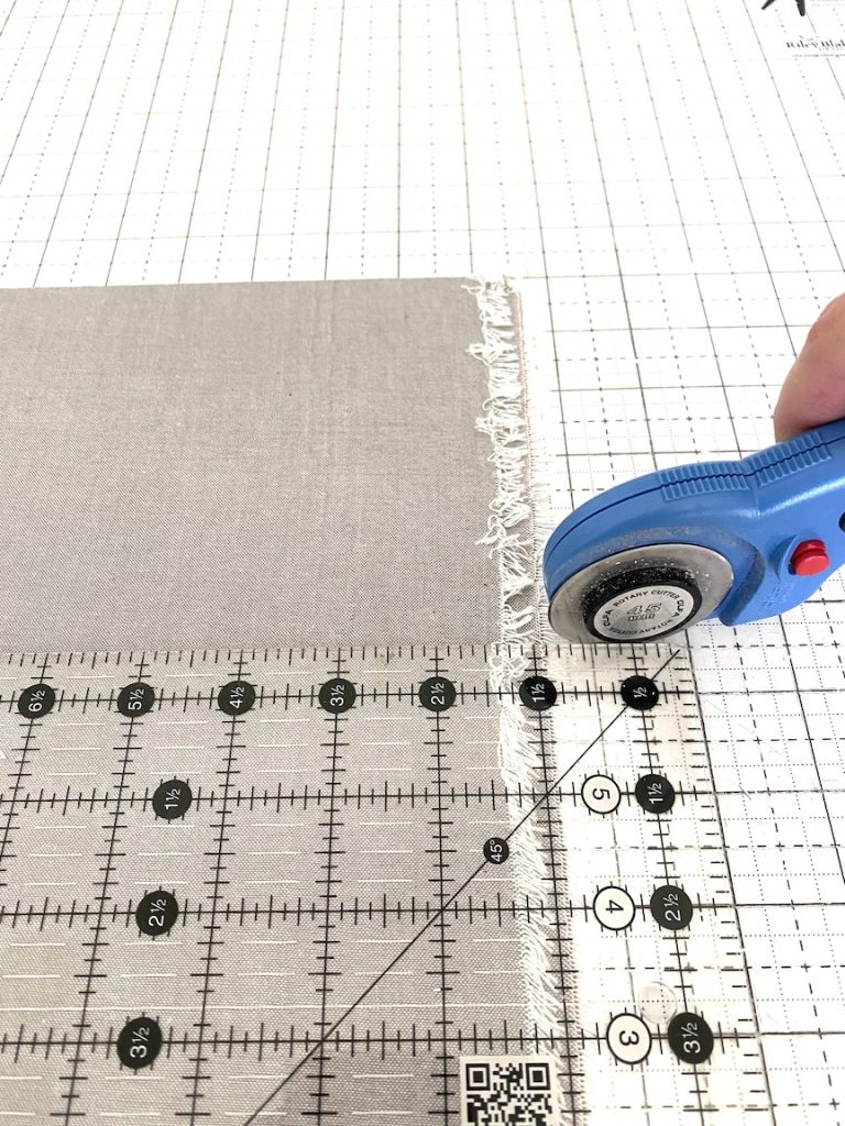 cutting fabric for gingham quilt
