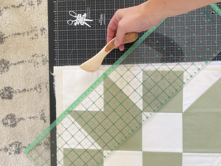 How to make a quilted pillow